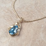 14k yellow gold blue topazC7-138